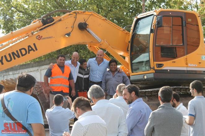Dietrich visit� la repavimentaci�n de Calchaqu� y anunci� la llegada del Metrobus a Quilmes