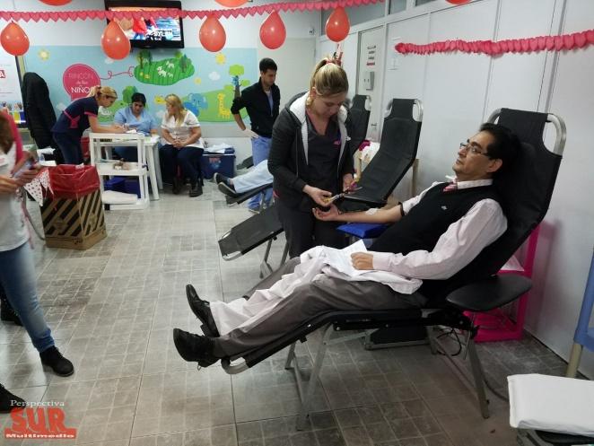 Exitosa campaña de donación de sangre y médula ósea en la Clínica del Niño