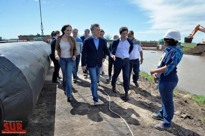 Macri y Vidal recorrieron las obras de ensanche y profundización del Río Salado
