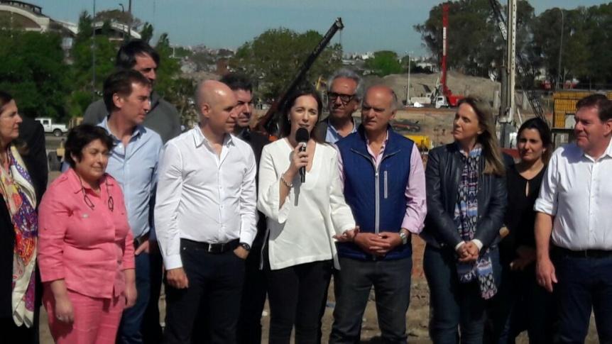 Vidal, Larreta y Grindetti recorrieron la obra del Puente Lacarra