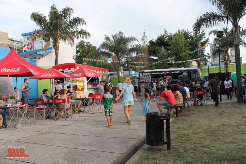 "Llegó la primera edición de ""Food truck & arte"" a Quilmes"