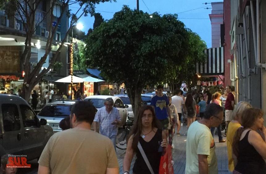 Atractiva Noche de Locos en Bernal