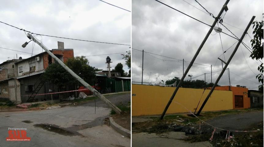 Vecinos reclaman a Edesur por postes caídos en Bernal Oeste