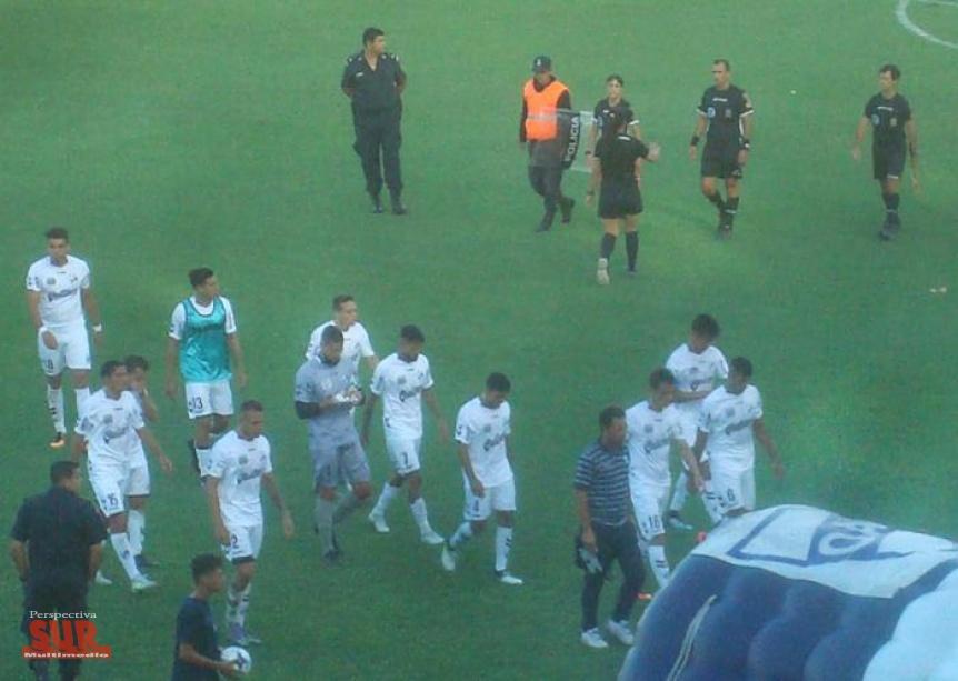 Quilmes jugó un muy mal partido y perdió como local con Flandria
