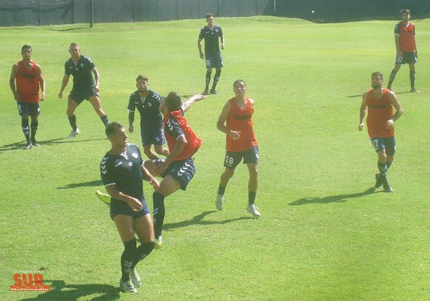 Quilmes hizo la práctica de fútbol y Caneo estuvo entre los titulares