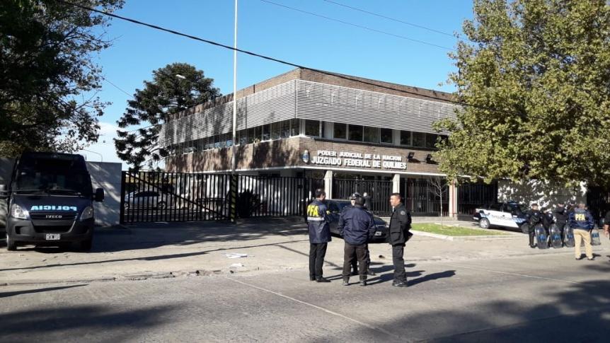 """El """"Pata"""" Medina declaró en los Tribunales Federales de Quilmes"""