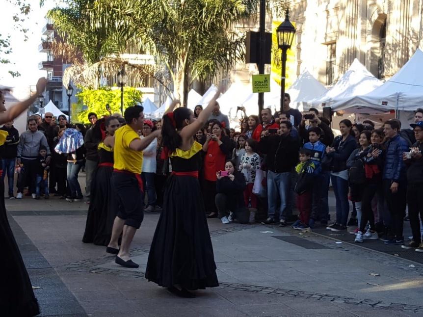 La Feria de las Colectividades tuvo gran repercusi�n entre la gente