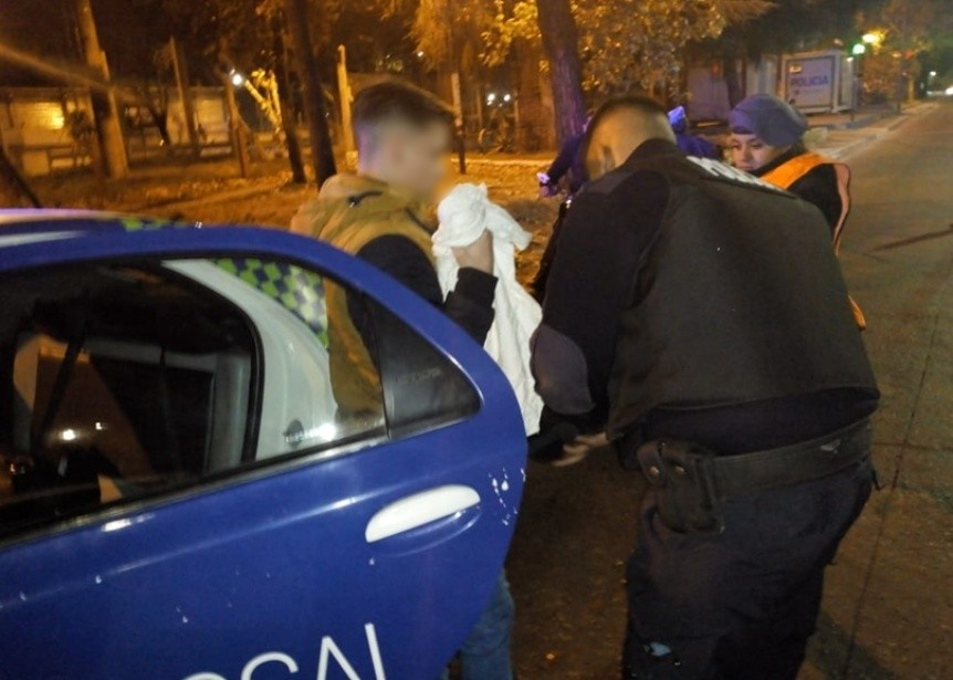 Aprehendieron en Ezpeleta a un joven que conduc�a una moto robada