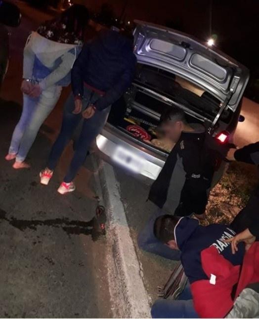 Ranelagh: Dos parejas detenidas tras persecución en auto robado