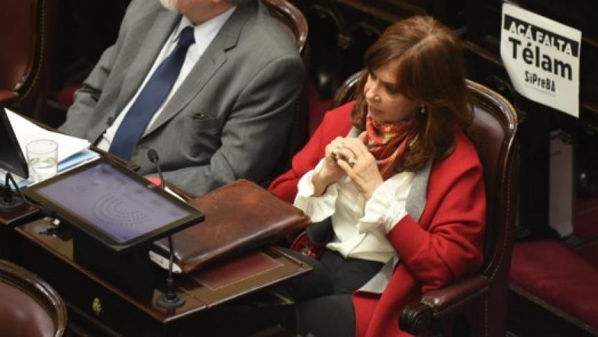 Postergan el tratamiento del pedido de allanamiento a CFK