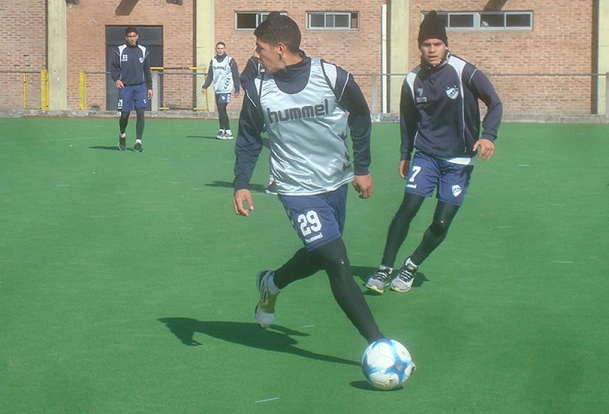 Quilmes hizo tareas t�cticas en el hockey y se perfila el equipo titular