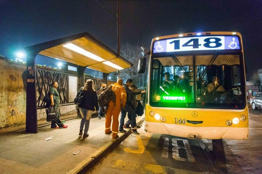 Quilmes ya cuenta con más de 300 nuevos refugios de colectivos