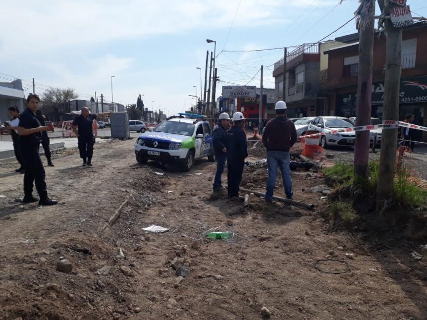 T�cnico muri� tras caer de lo alto de un poste de electricidad en Bernal