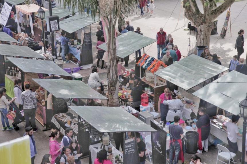 Alimenta: Más de 18 mil vecinos visitaron la ecoferia durante todo el fin de semana