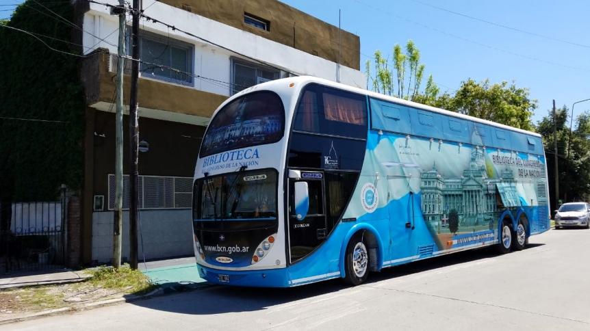 El biblio móvil del Congreso de la Nación visitó Quilmes