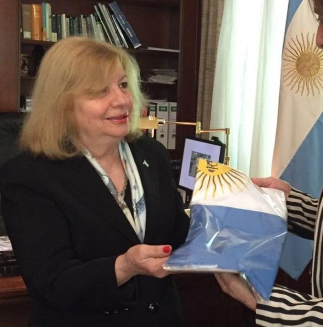 Proponen declarar Ciudadana Ilustre a la artista plástica local María Rizzo
