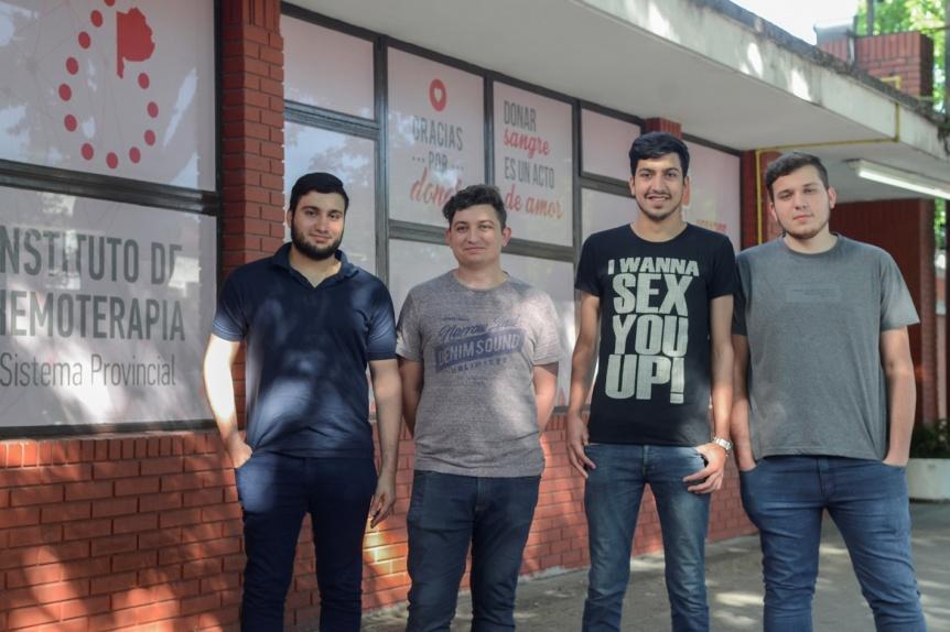 La historia de cuatro hermanos que donan sangre frecuentemente
