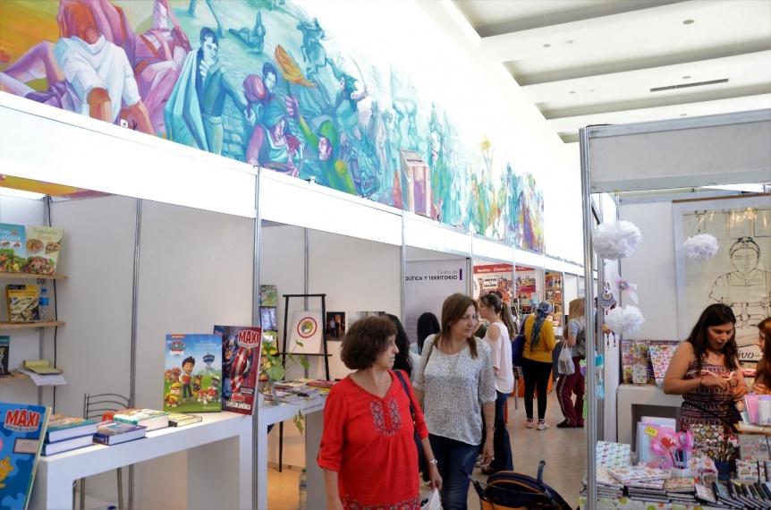 Comenz� la 12� Feria del Libro de Florencio Varela