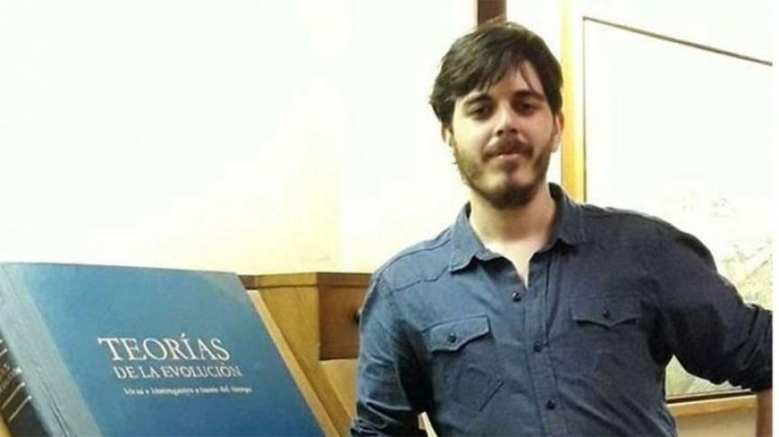 Detuvieron en Bernal a adolescente que acompañaba a periodista muerto en hotel alojamiento