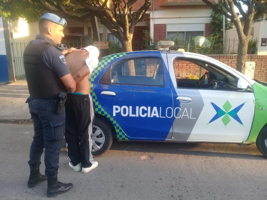 Motochorros asaltaron con arma de utilería en Quilmes y Bernal Oeste