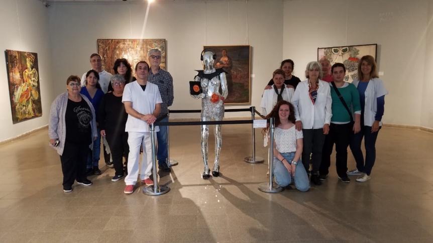 Escultura homenajea a una bebé desaparecida durante la dictadura