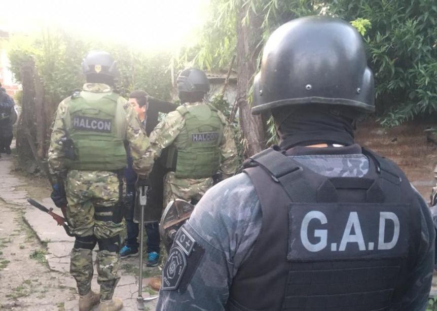 Cayó presunto integrante de banda delictiva en villa El Monte
