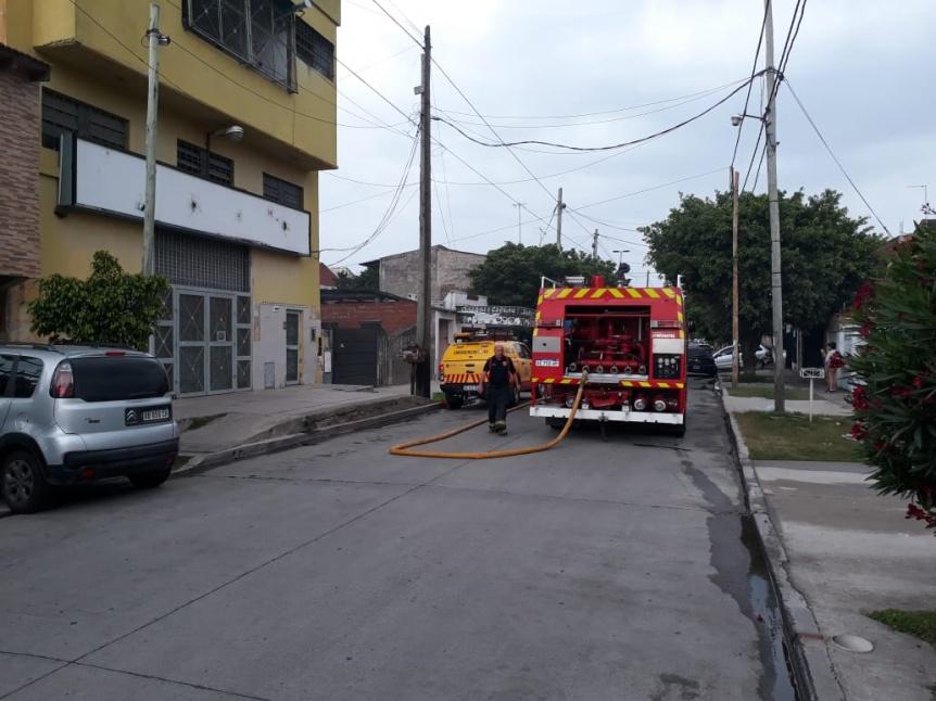 Ardi� el horno de una panader�a en Villa Gaete