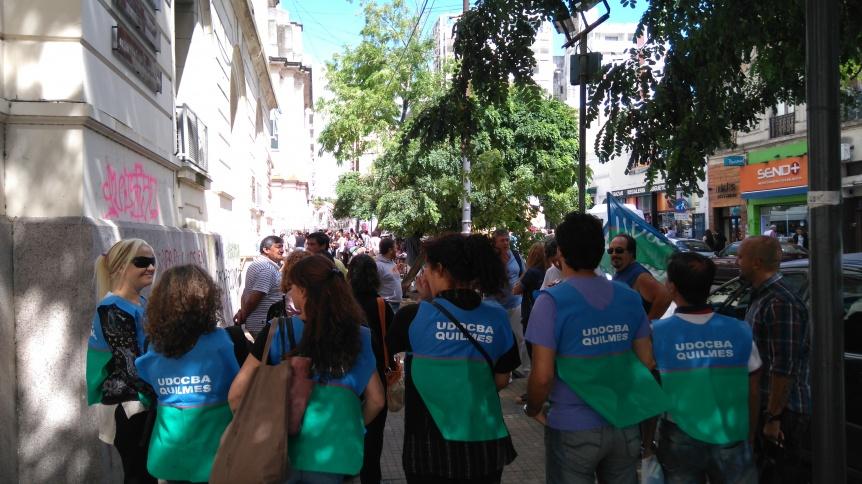 UDOCBA acompa�a  los docentes en los actos p�blicos