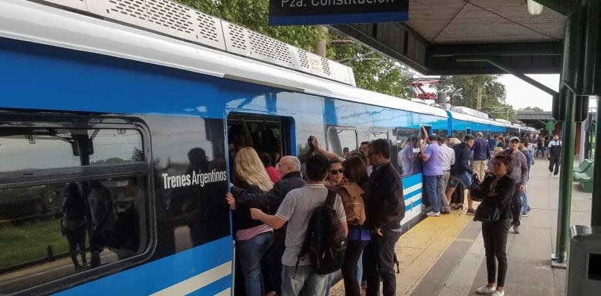 Los nuevos servicios r�pidos del tren Roca provocaron demoras y quejas