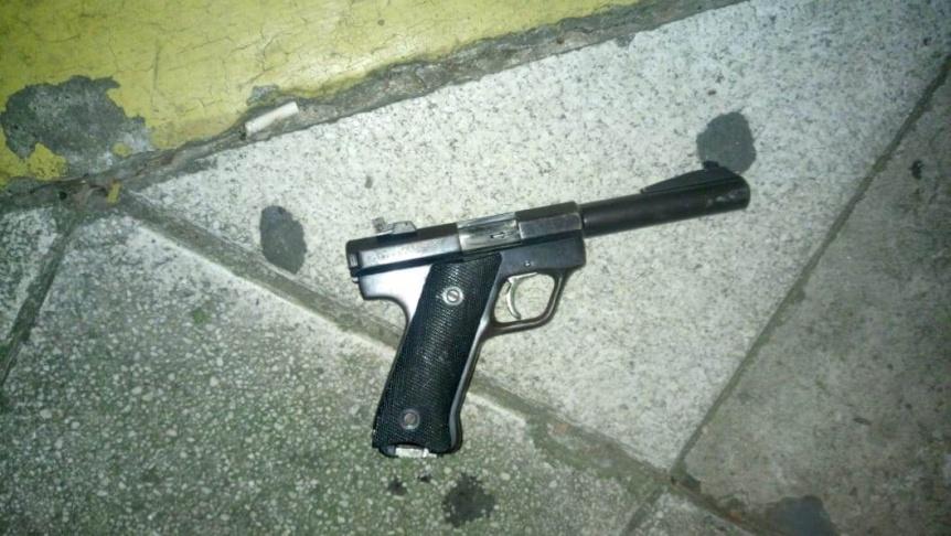 Arrestaron a sujeto armado en la Ribera
