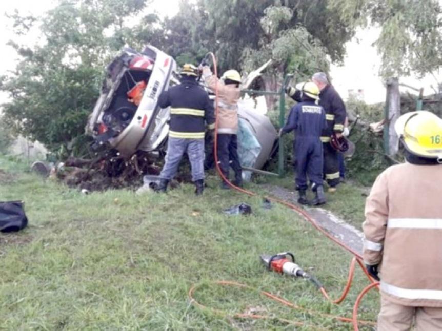 Tragedia en Ruta 11: Murieron dos vecinos de Quilmes tras volcar su auto