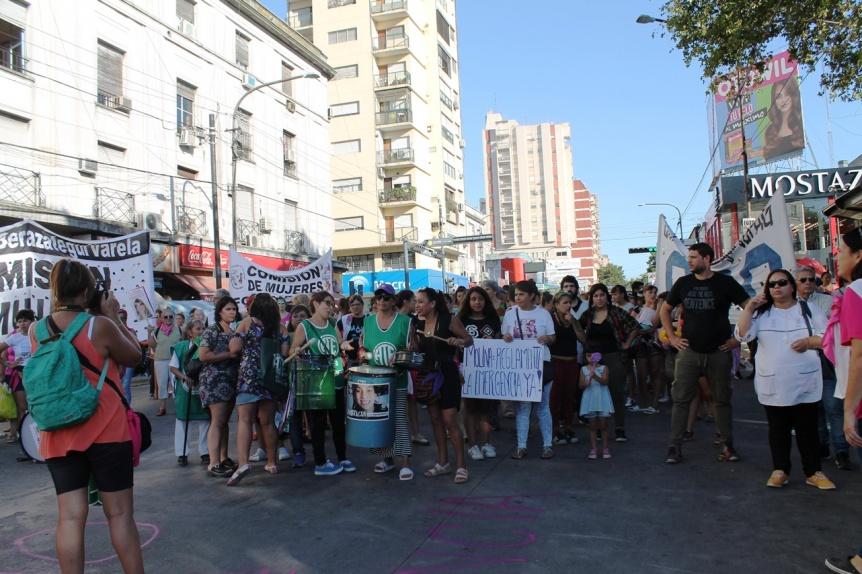 Emergencia en Violencia de Género: Marcha en Quilmes centro en reclamo de su reglamentación