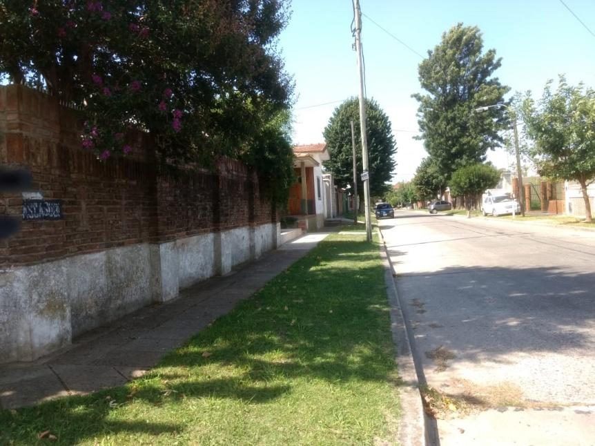 Vecinos no tienen ni una gota de agua: AySA promete resolver el problema este jueves