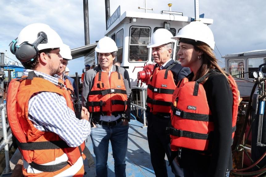 Macri y Vidal supervisaron obras hidráulicas sobre el río Salado para evitar inundaciones