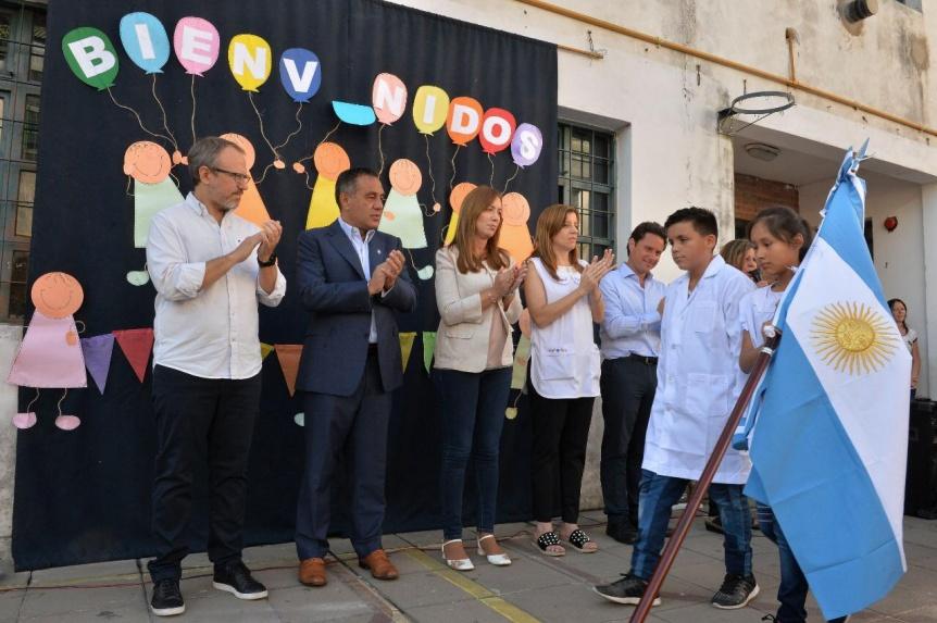 Vidal inaugur� el ciclo lectivo 2019 en una escuela de Tres de Febrero