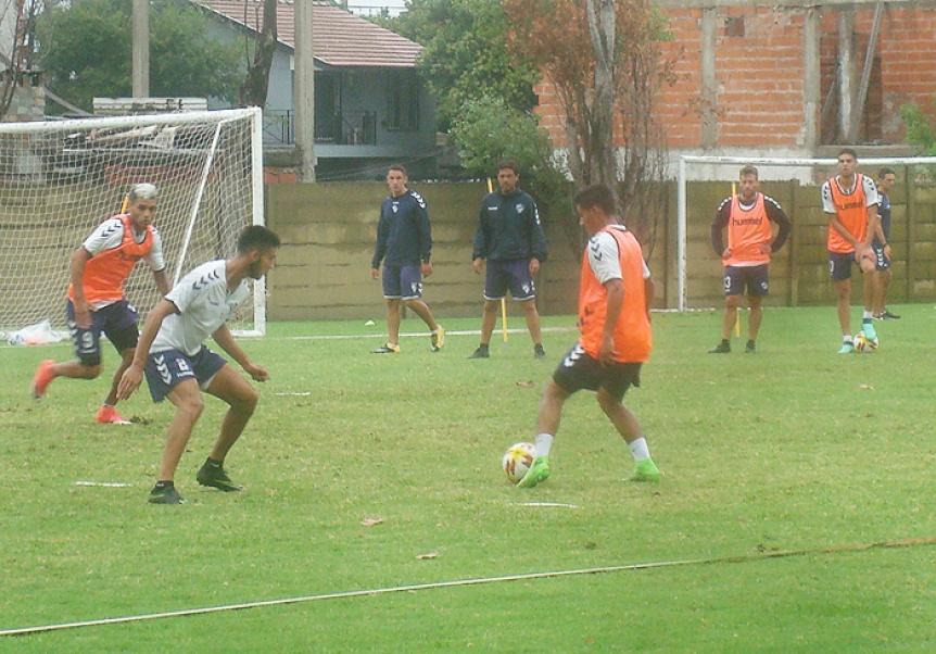 Trabajos t�cnicos y una nueva baja esperando por Sarmiento