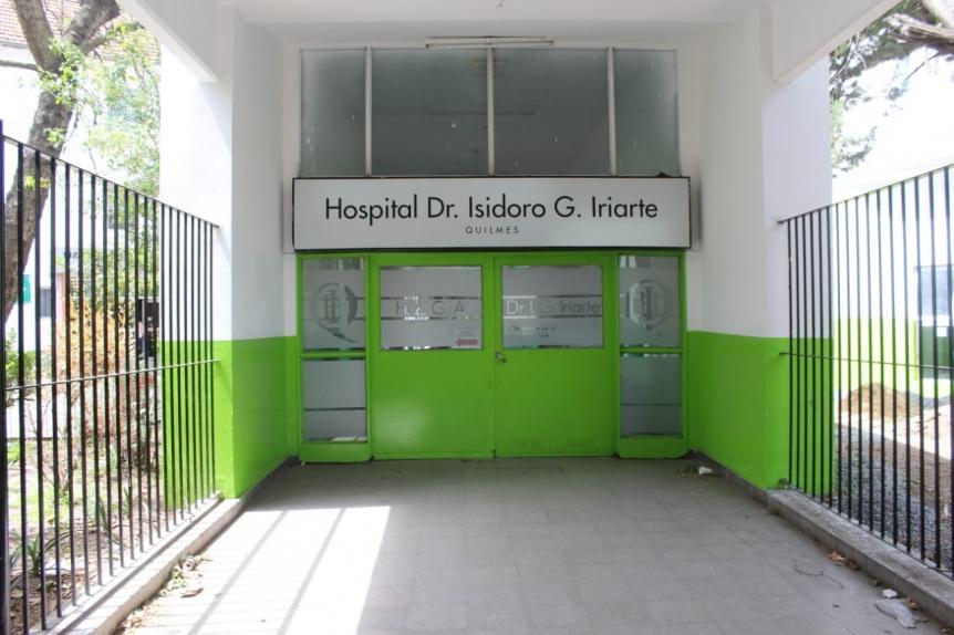 Trabajadores del Hospital de Quilmes organizan una radio abierta en la peatonal