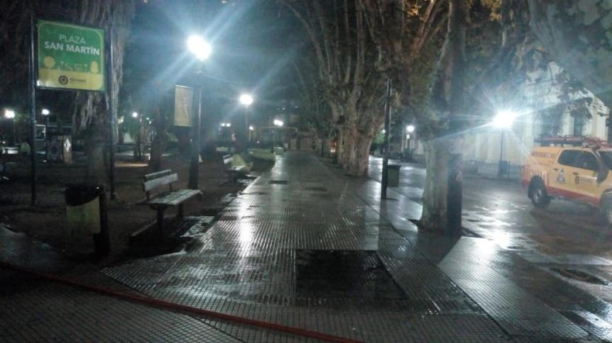 Limpieza profunda en Plaza San Martín