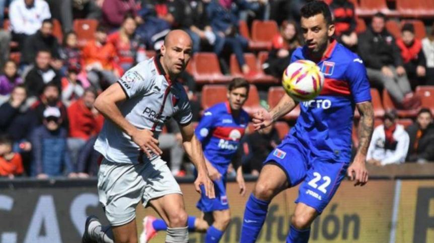 Col�n y Tigre dan inicio en Santa Fe a la nueva Copa de la Superliga