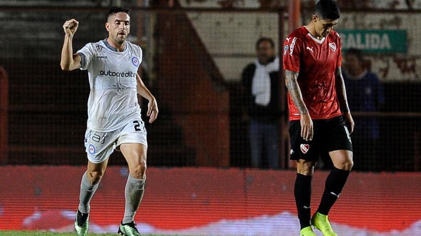 Argentinos Juniors venció a Independiente en La Paternal