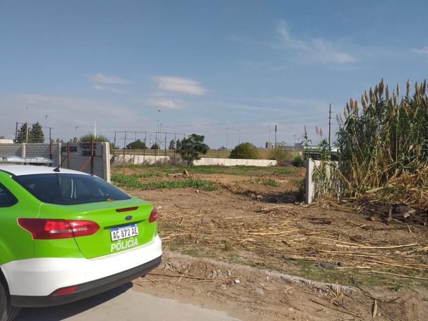 Se robaron un port�n de hierro y lo encontraron en la Ribera de Bernal