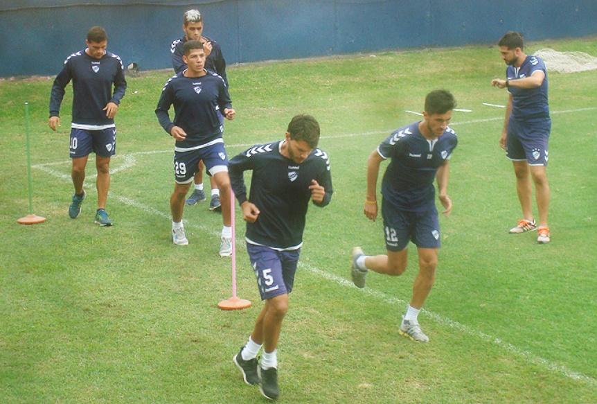 Quilmes volvió al trabajo sin descanso de cara a la final con Olimpo