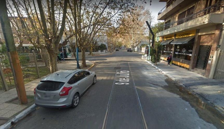 Roba coches sorprendido en Bernal centro
