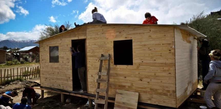 TECHO busca movilizar m�s de 200 voluntarios para construir 22 viviendas de emergencia en Varela