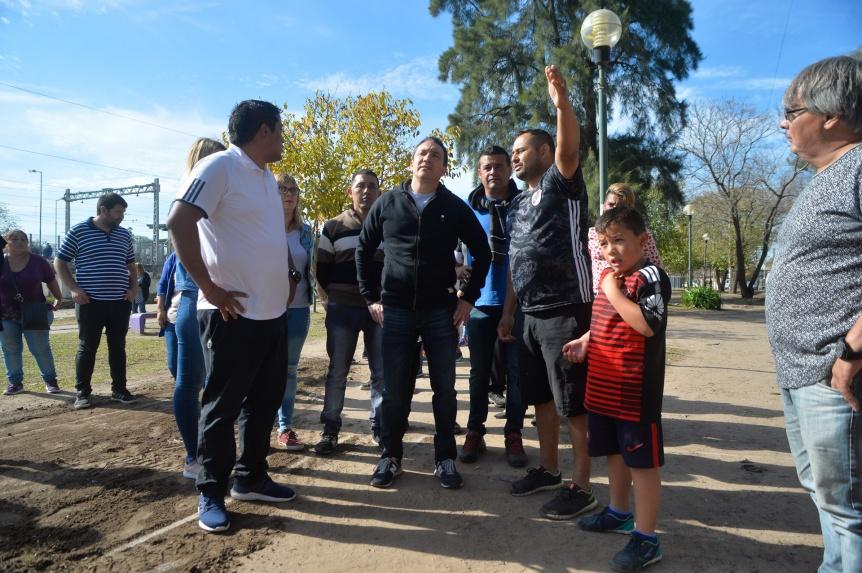 El intendente Watson examinó tareas de mejoras en Villa Argentina