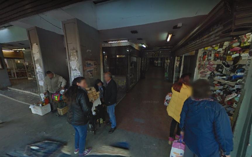 Cuatro aprehendidos por robo en una galería de Quilmes centro