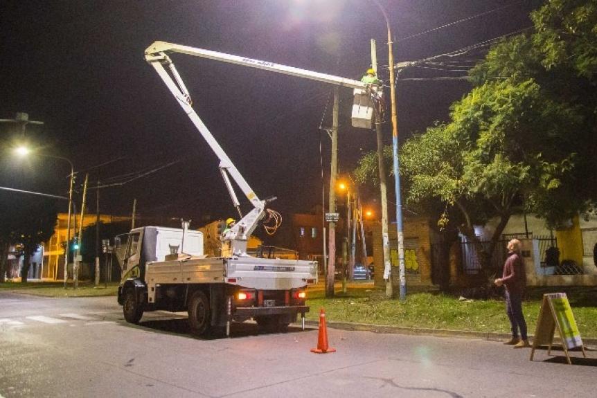 Recambiar�n 3000 luminarias de sodio por tecnolog�a led en todo Quilmes