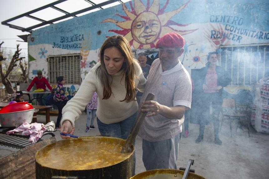 Vidal visit� el barrio Puerta de Hierro en el partido de La Matanza