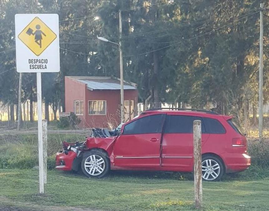 Accidentes constantes por un semáforo en medio de la Ruta 53