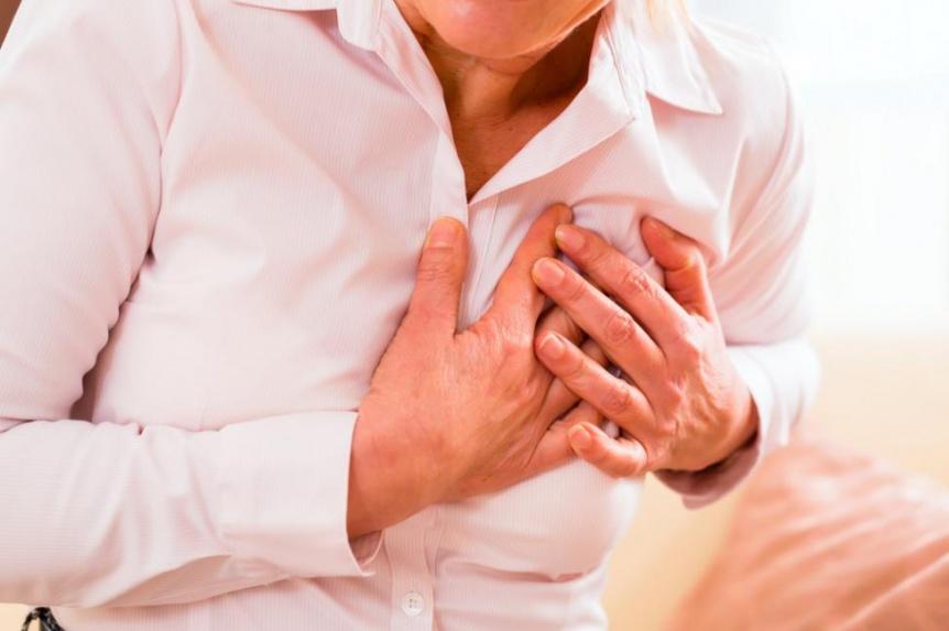 La angina de pecho está relacionada con el riesgo de infarto
